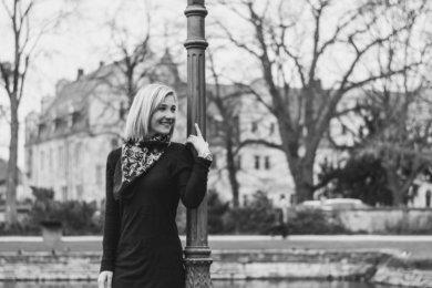 Woman, Stadthagen, Castle, elegant, beautiful, smile