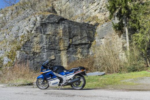 Kawasaki, ZX-10, Tomcat, Oldschool, Klassiker, Classic, Motorrad, Motocycle, Travel, Traveling, Fels, Rock, Mountain, Steinmühle